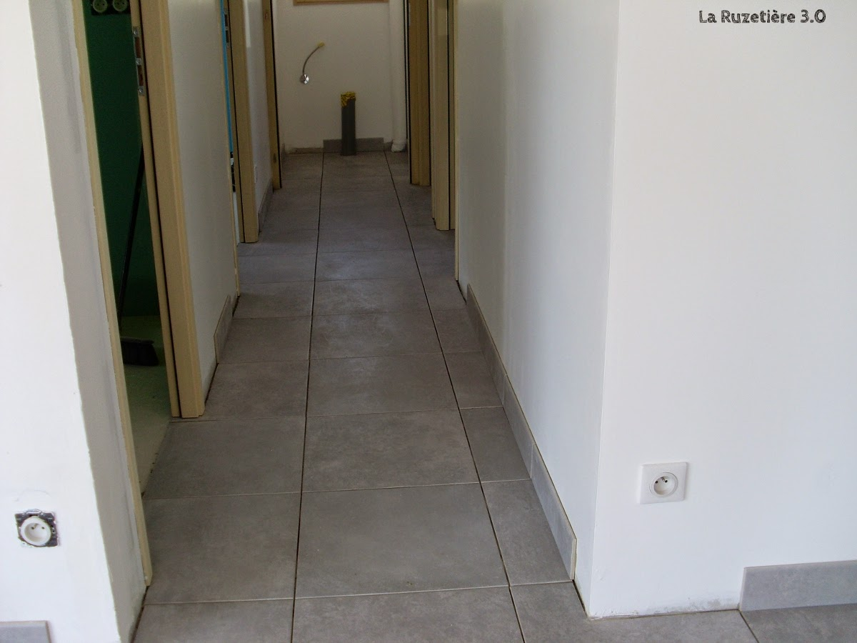 La ruzeti re 3 0 maison ossature bois rt 2012 carrelage for Carrelage mal pose