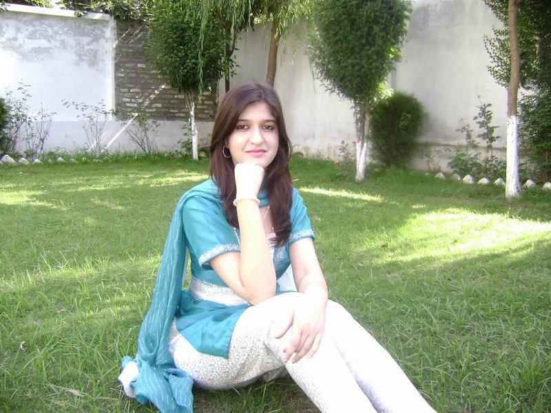 Dasi Girls: Sobia Kashmiri