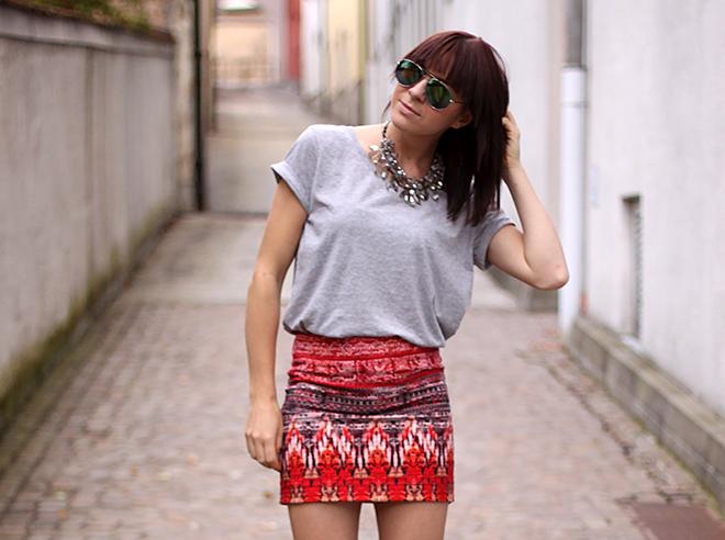 outfit-trend-fashionblogger-print-boho-handm-pumps-nieten-zara-statement
