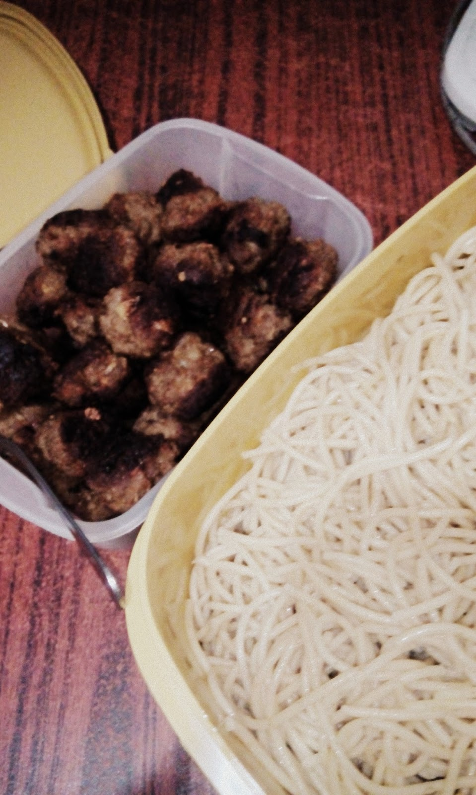 malunggay pasta Ingredients: 100 grams malunggay leaves, blanched and chopped 1/4 cup all-purpose cream 1/2 cup cream cheese 1/4 teaspoon white pepper 1 pc large white onion, minced and glaze salt to taste potato chips for serving how.