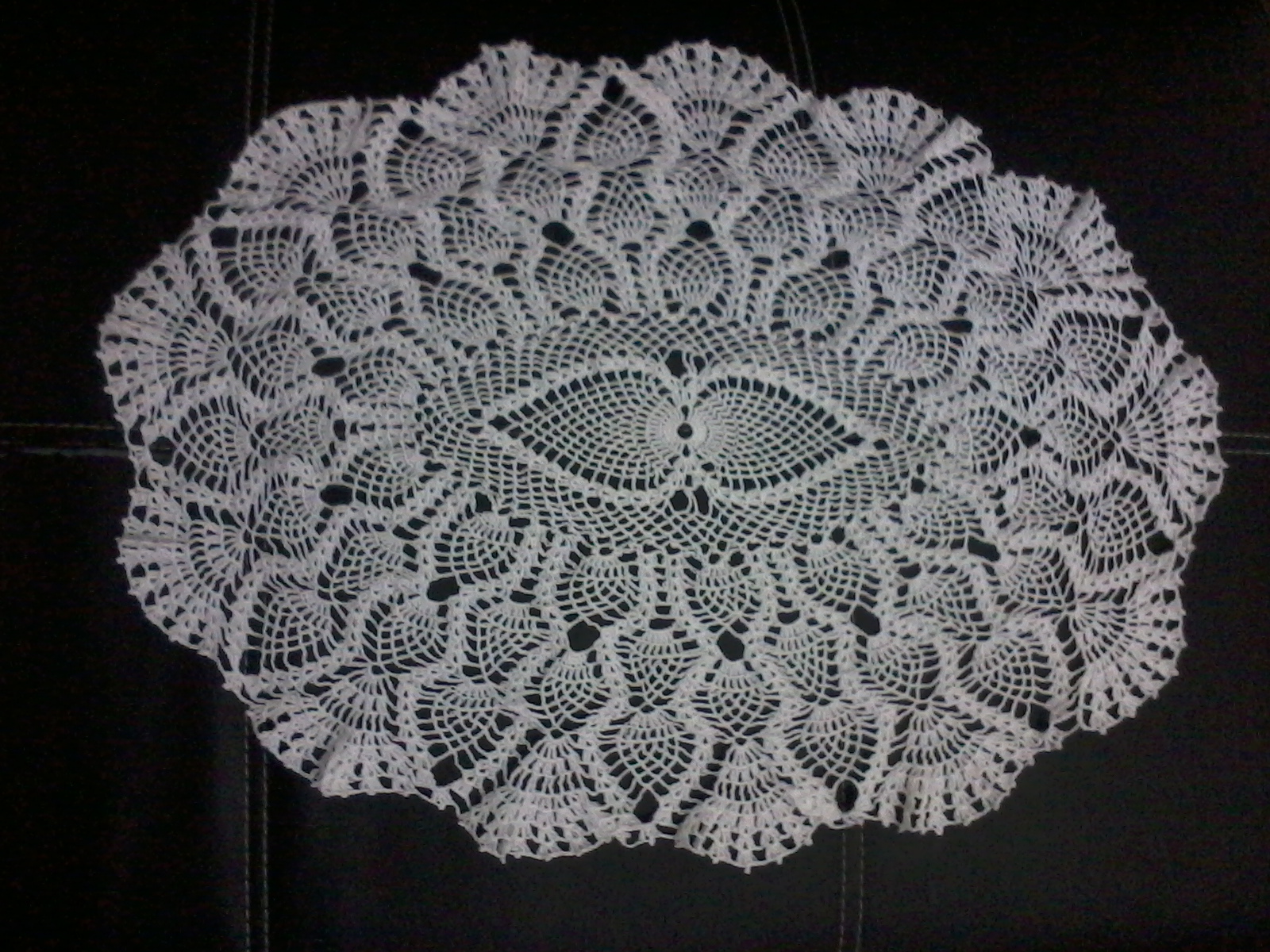 Patrones de tapetes centros de mesas tejidos a crochet for Tapete mesa