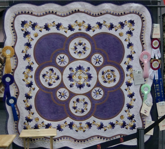 Punch with Judy's Blog: BEST OF SHOW - Victorian Quilters Inc ... : melbourne quilt show - Adamdwight.com