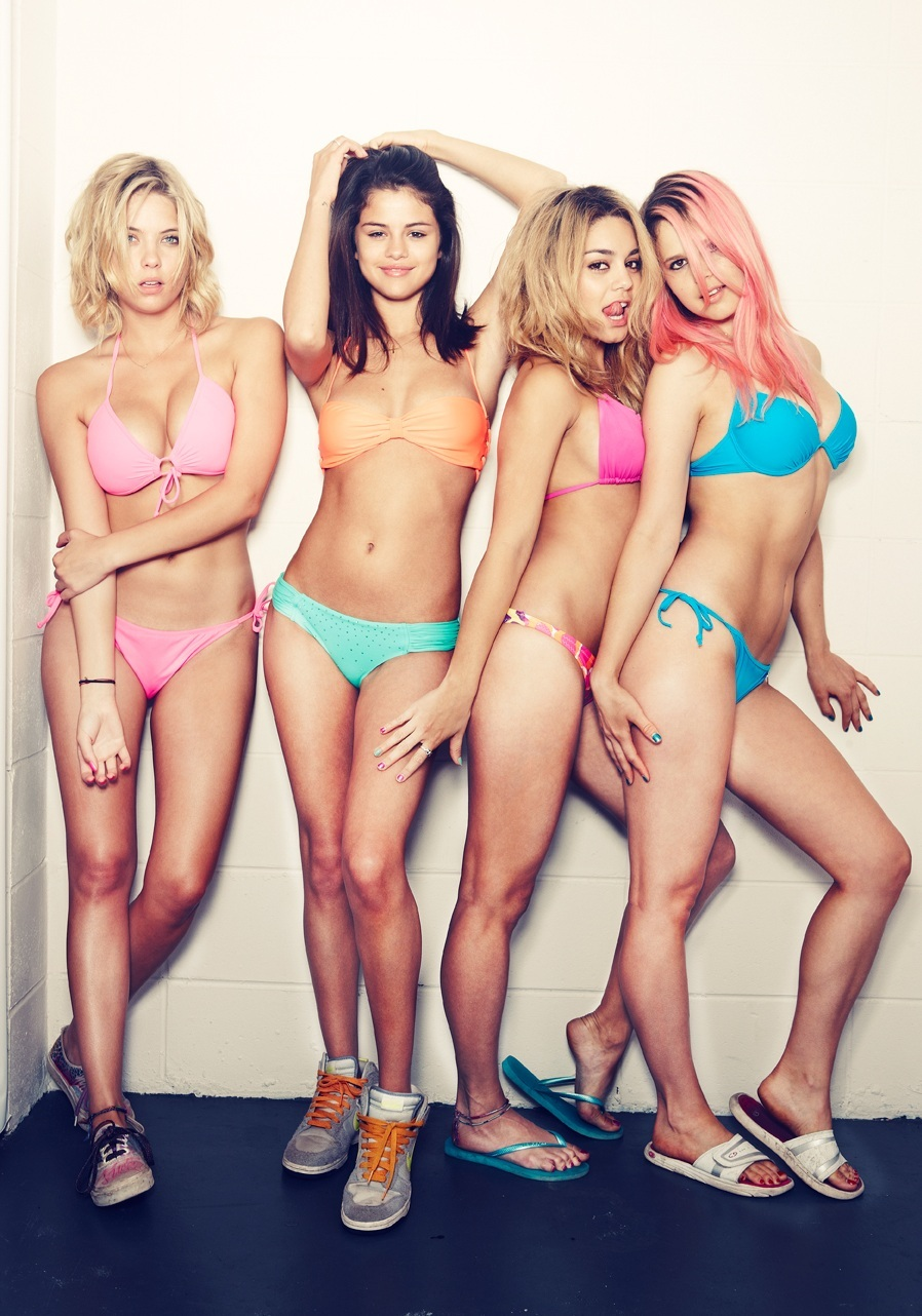 Vanessa hudgens spring breakers nude fakes sorry, that