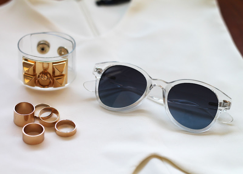 sheer and golden accessories, rings pack, trends spring 2013