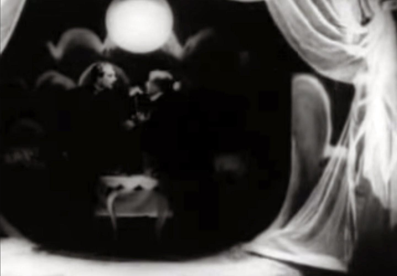 a critique of the cabinet of dr caligari by hans janowitz and carl mayer Herbert jhering dans sa critique du cabinet du docteur caligari constate que « expressionnisme  il a été écrit par carl mayer et hans janowitz  dr mabuse.