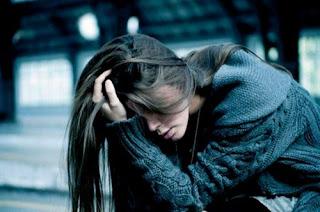 صور بنات حزينة للفيس بوك