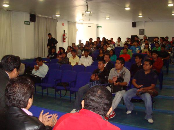 Facultad de arquitectura c u bienvenida a los alumnos de for Cursos facultad de arquitectura