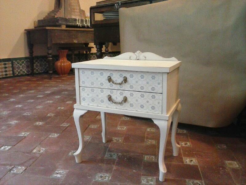 Arte y restauraci n fotos de nuestros muebles iii - Como tapizar una descalzadora ...