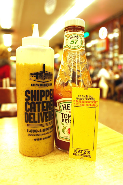 Katz's Delicatessen, Manhattan, New York condiments