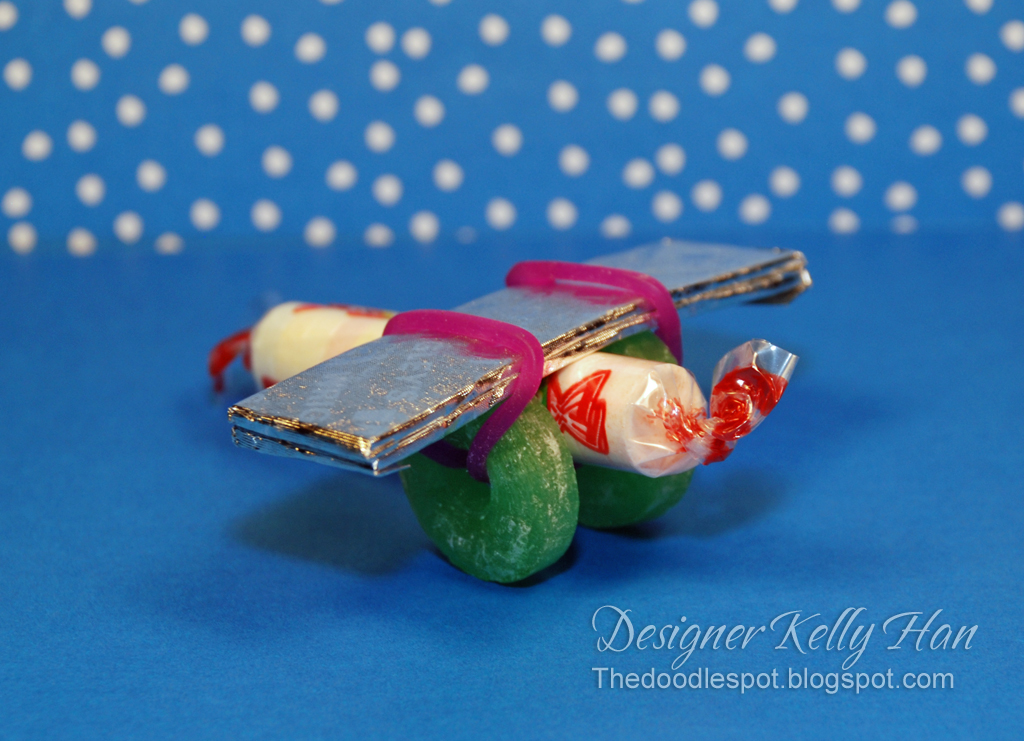 ... Crafts http://thedoodlespot.blogspot.com/2011/02/candy-airplanes.html