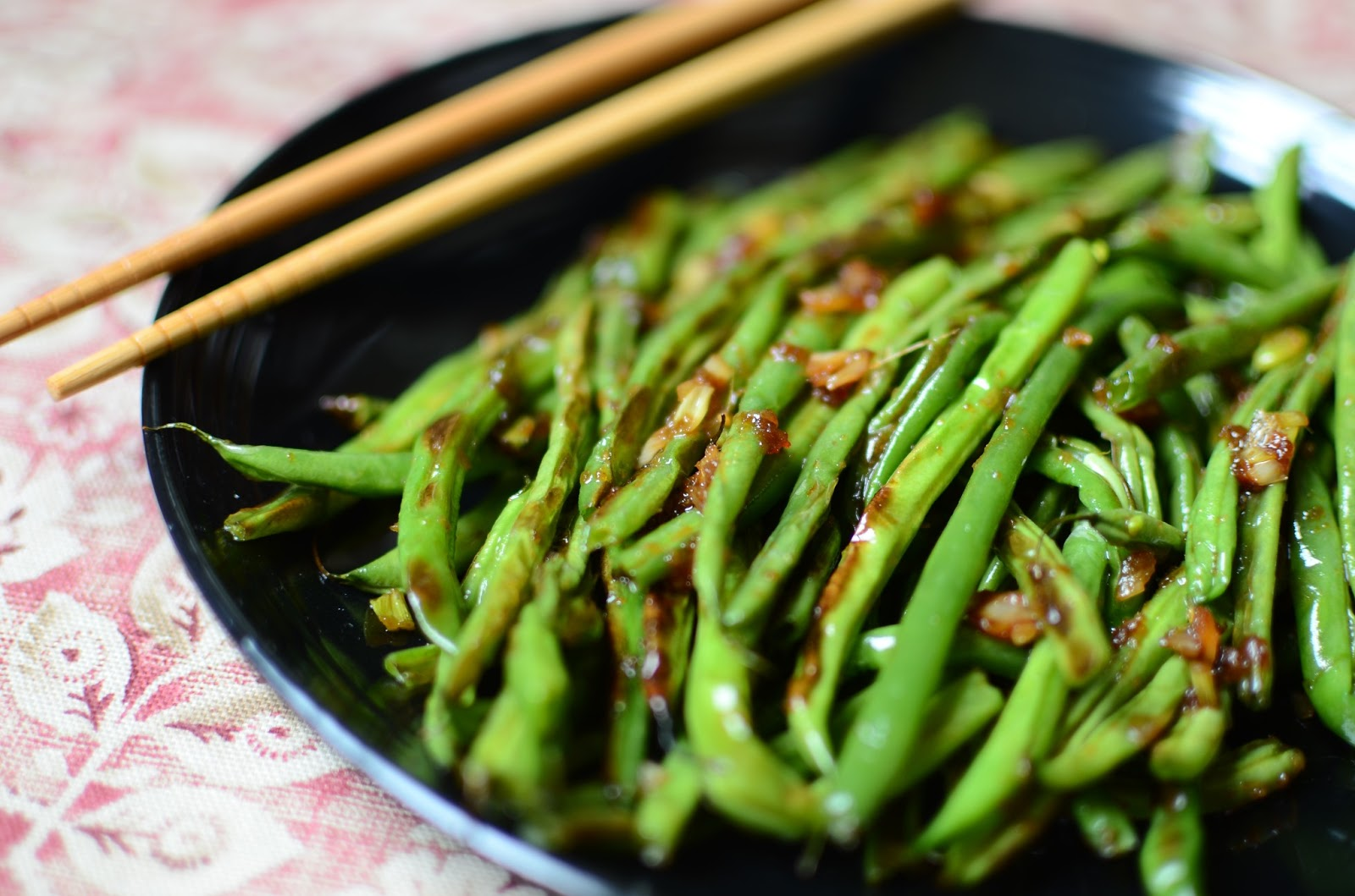 ButterYum: Wrinkled Asian-Style Green Beans