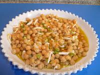 http://www.recetaspasoapaso.com/2011/08/garbanzos-en-vinagreta.html