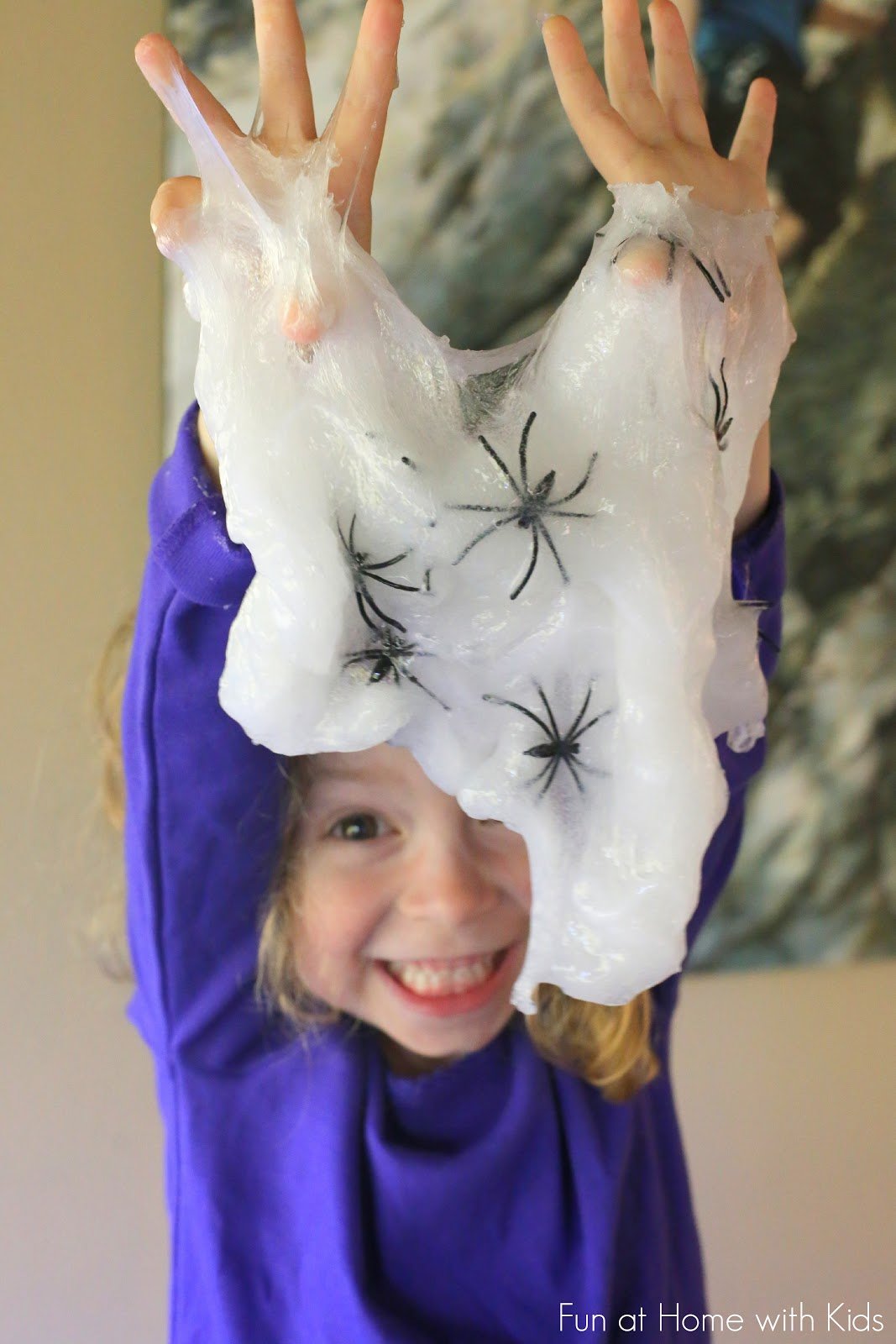 Halloween slime recipe spider slime for Fun halloween treats to make with toddlers
