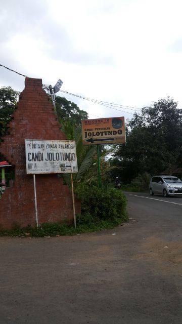 Candi Jolotundo Trawas Mojokerto