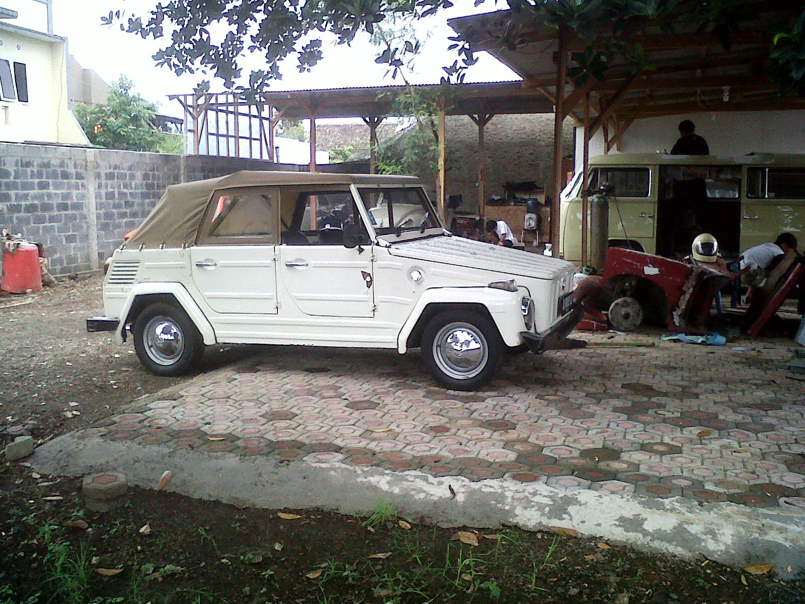 1974 volkswagen thing safari trekker type 182 at my friend 39 s vw garage road to. Black Bedroom Furniture Sets. Home Design Ideas