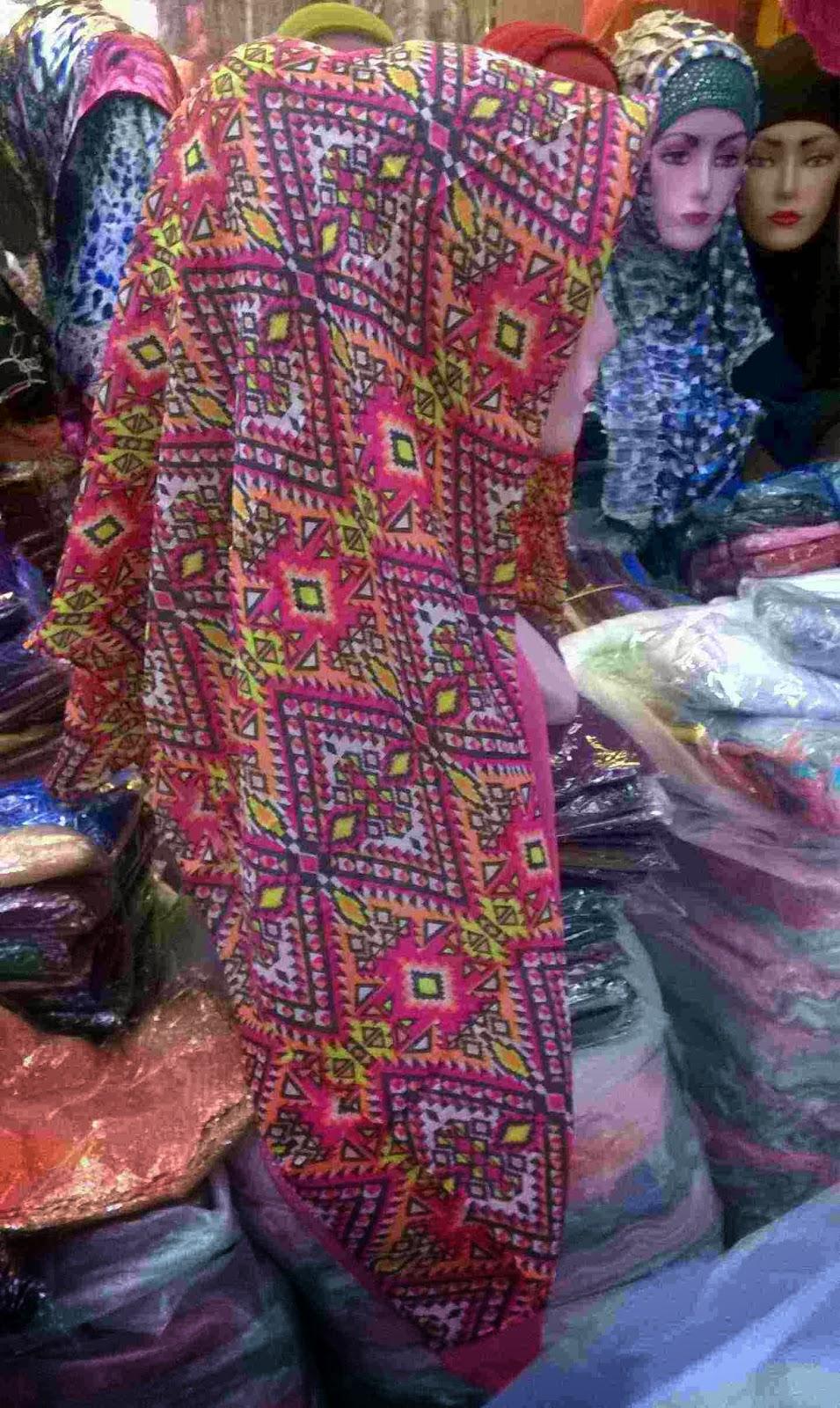 harga Jilbab Paris Motif