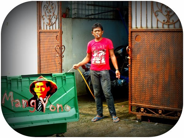 Personil Kebersihan Perumahan Kavling POLRI, Jelambar, Jakarta Barat