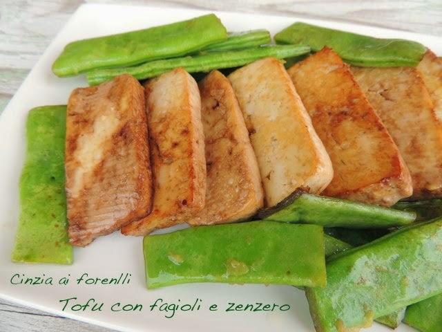 tofu con fagioli verdi piattoni e zenzero