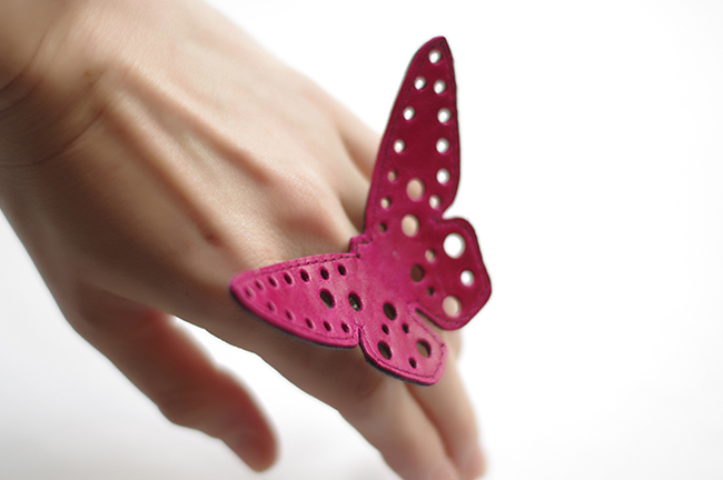 How to make a big leather butterfly statement ring. Blogged by Xenia Kuhn for fashion and lifestyle fashionrolla.com