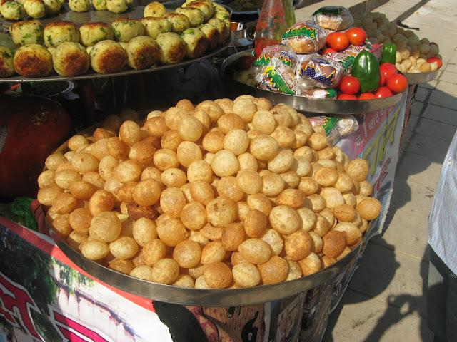 bancarella di cibo indiano