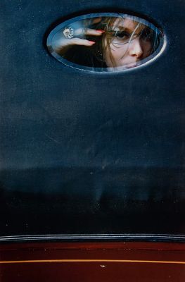 http://kvetchlandia.tumblr.com/post/73412690182/saul-leiter-soames-bantry-for-harpers