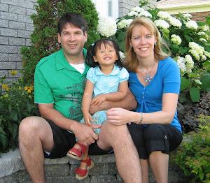 Notre famille: Benoit, Cinthia et Rosalie