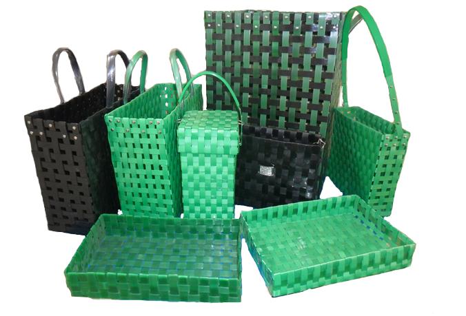 Vestidos Con Material Reciclable Bolsas | apexwallpapers.com
