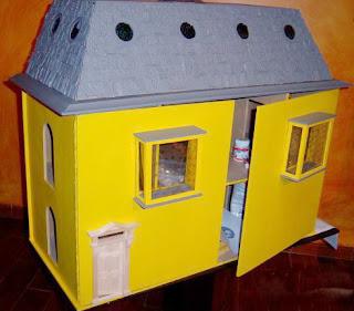 Manualidades para regalar, estructura para casa de muñecas