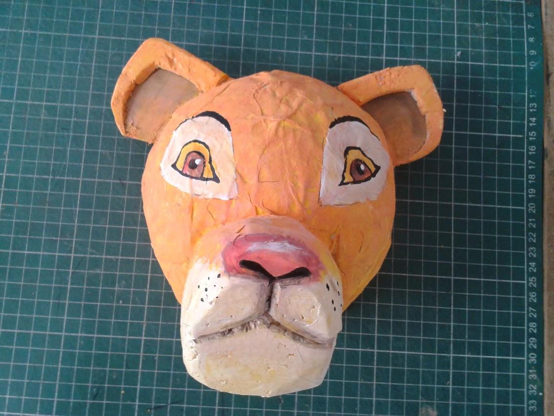 Mascara leona