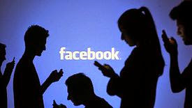Mark Zuckerberg défend sa vision à long terme, l'action Facebook chute