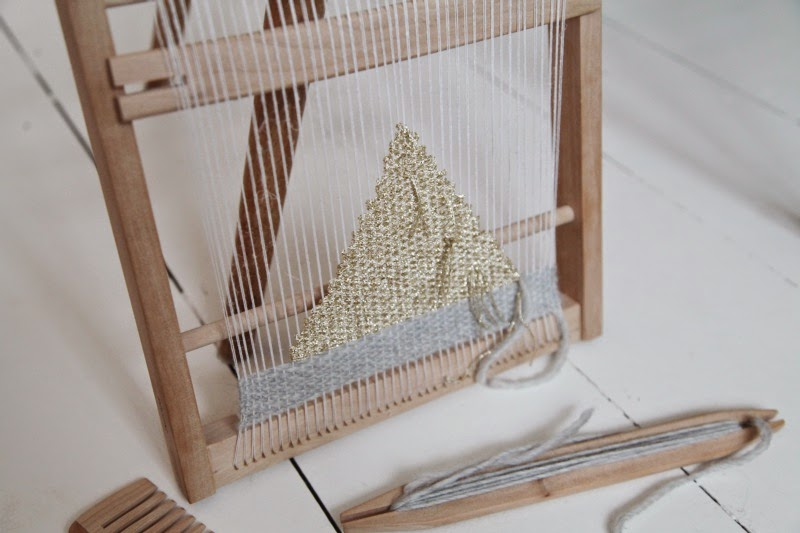 How To Make A Small Basket Weave Loom Bracelet : Portable weaving frame artemis russell