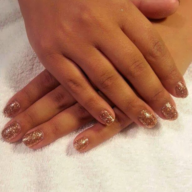 natural nails with a custom gel glitz mix golden gel nail polish LED polish natural pink and silver sprinkle French Gel-Nails-Polish-LED-Polish-LED-Nails-Acrylic-Nails-Nail-Art