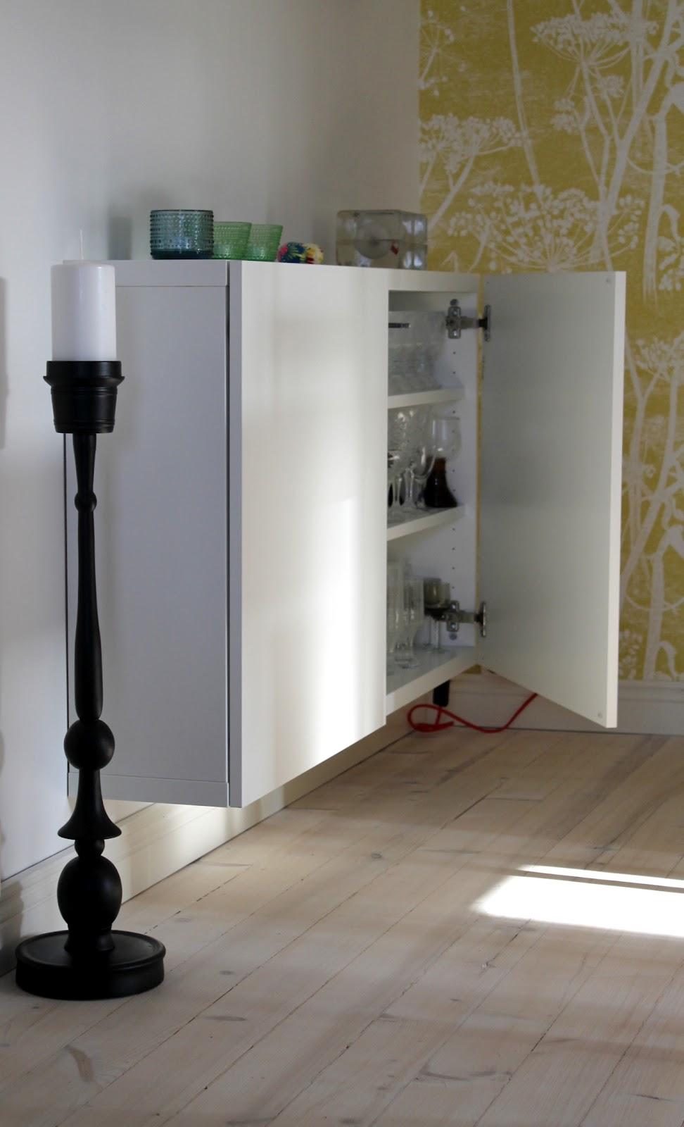 tilatunnelma kastehelmikello. Black Bedroom Furniture Sets. Home Design Ideas