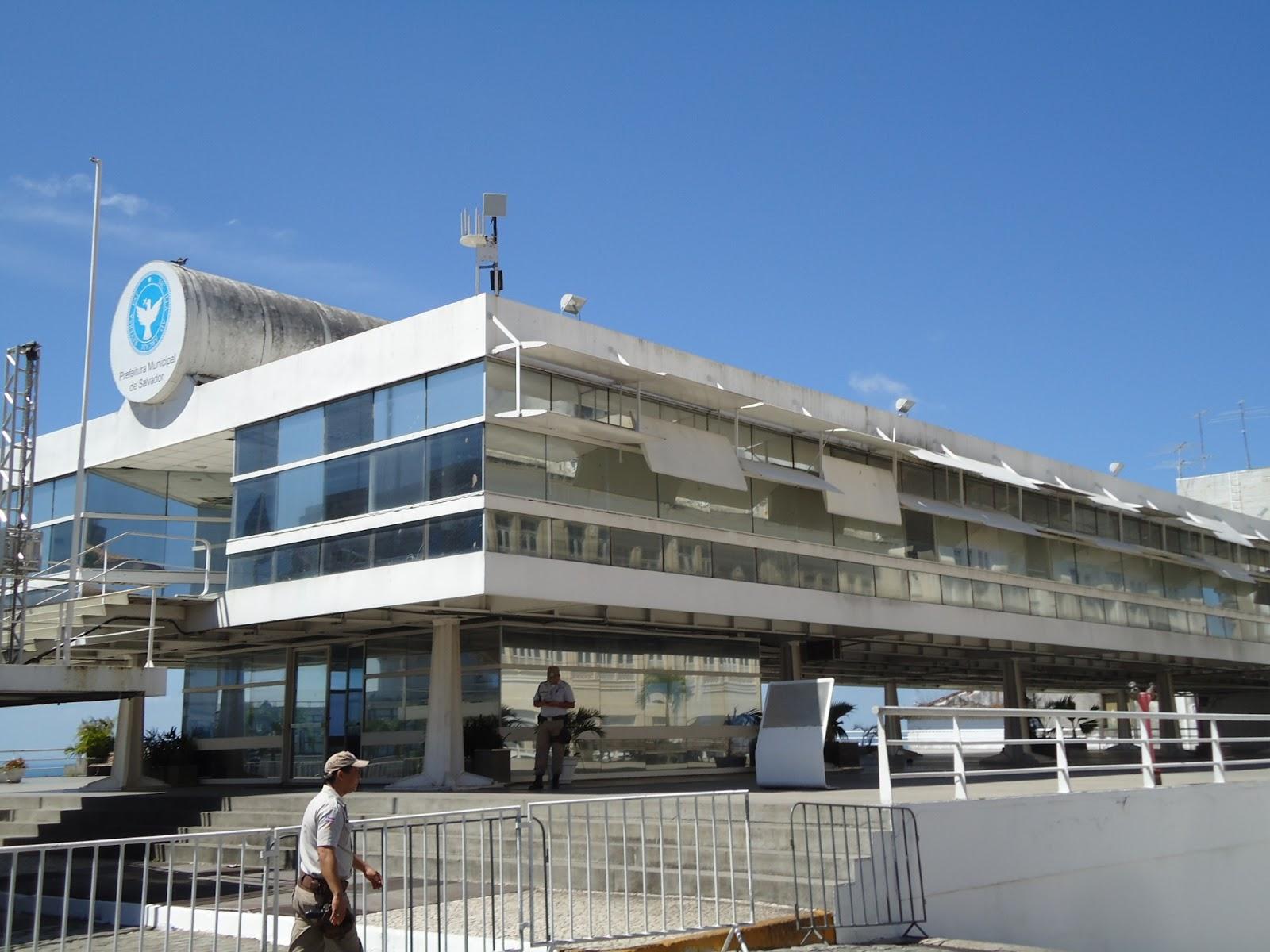 Resultado de imagem para fotos da sede da prefeitura de salvador