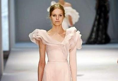 belle robe de haute couture rose poudré princesse ralph et russo