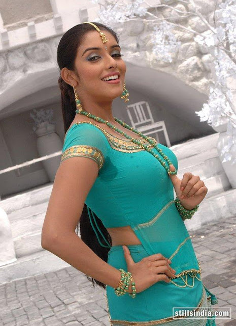 asin thottumkal green blouse wet armpit show at vel tamil movie song