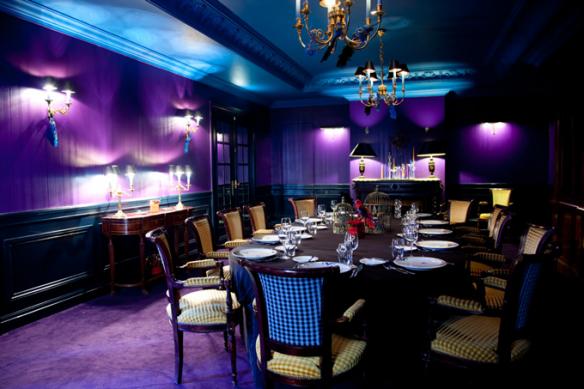 L 39 univers d 39 in s color splash purple for Purple dining room