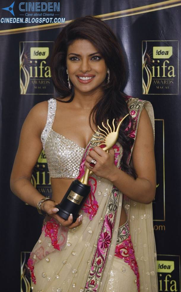 Priyanka Chopra at International Indian Film Academy IIFA Awards 2009