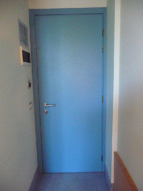 Porte chiuse a volte aperte padova le porte interne del - Rinnovare porte interne tamburate ...