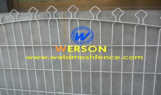 Decorative metal fencing panels - Decorative wire mesh panels ...