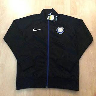 gambar desain terbaru jaket inter milan home gambar photo foto kamera Jaket Inter Milan home warna hitam terbaru musim 2015/2016 di enkosa sport toko online terpercaya lokasi di jakarta pasar tanah abang jakarta pusat