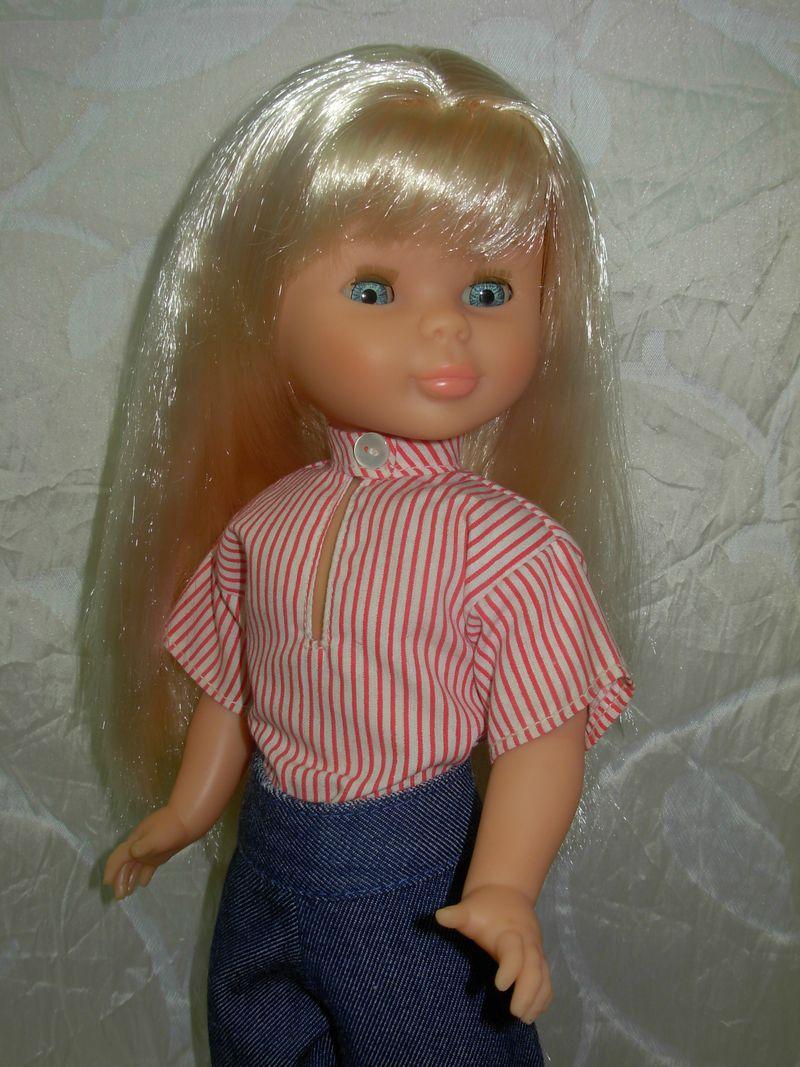 Nancy de los 90 con modelo Picadilly de los 70