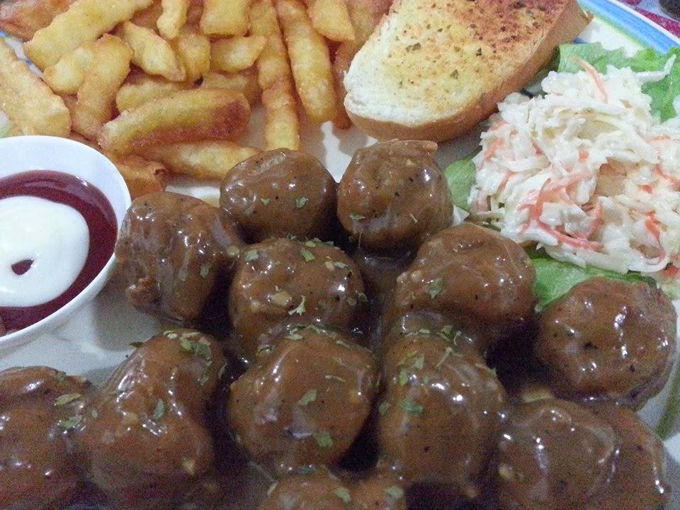 de perahu cafe,western food,meatball,western food sedap