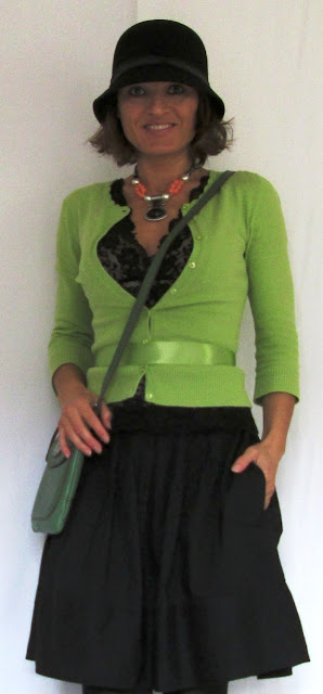blog.oanasinga.com-personal-style-photos-green-yellow-green-and-black-outfit-2