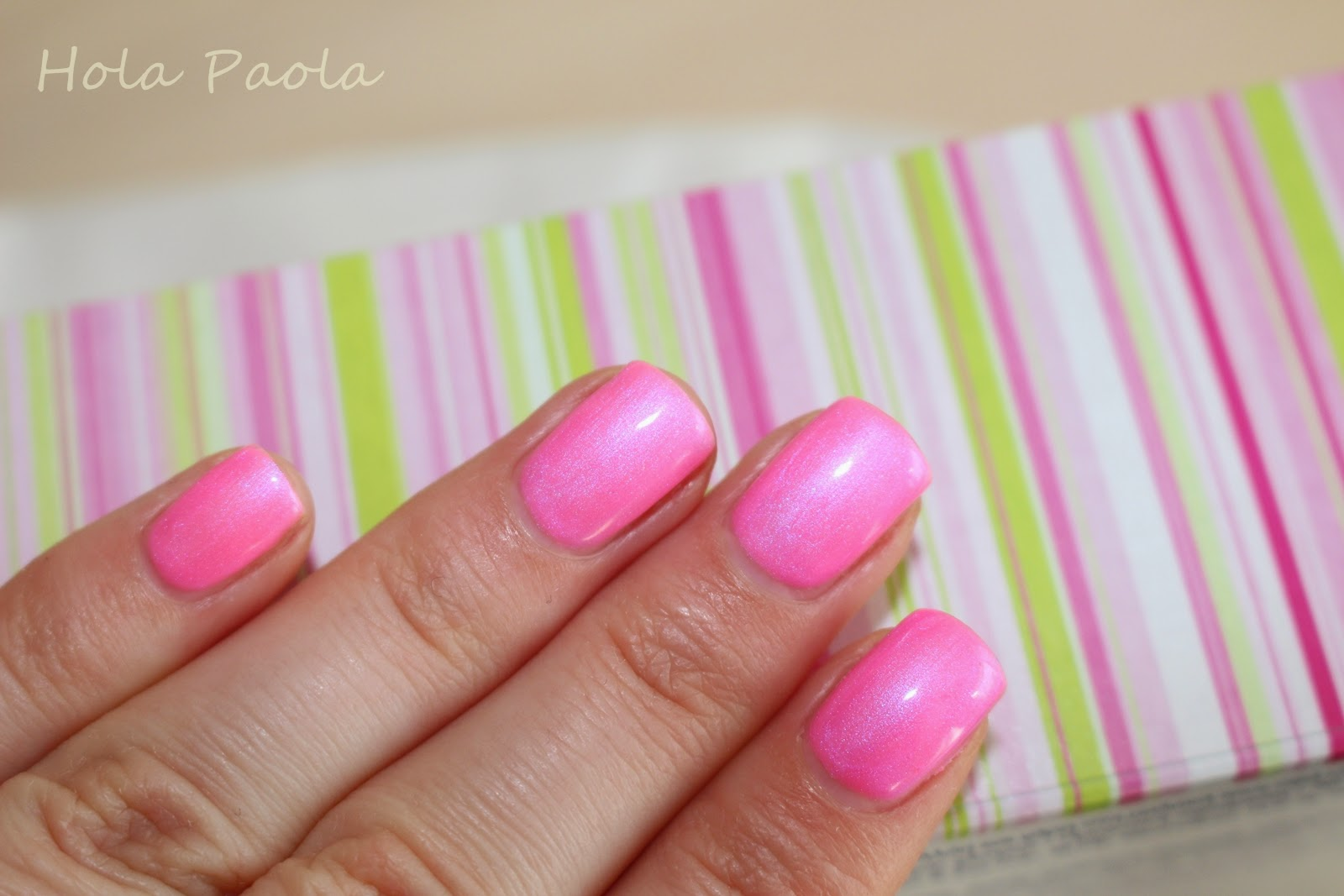 Semilac 118 Alice in Wonderland nowy kolor new colors gel nails pink sumer hybrydy lato neony różowy paznokcie żelowe naturalne perłowy neon róż hola paola blog