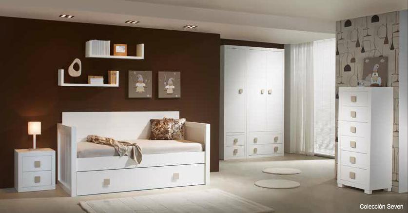 Decoracion Habitaciones Blancas ~ Habitacion juvenil con cama nido con brazos y respaldo,mesilla