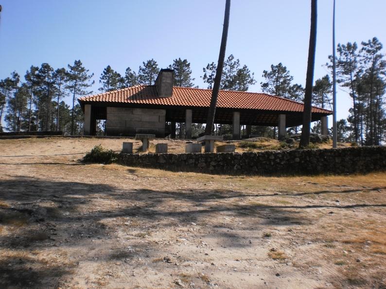 Local para fazer churrascadas na Serra da Freita