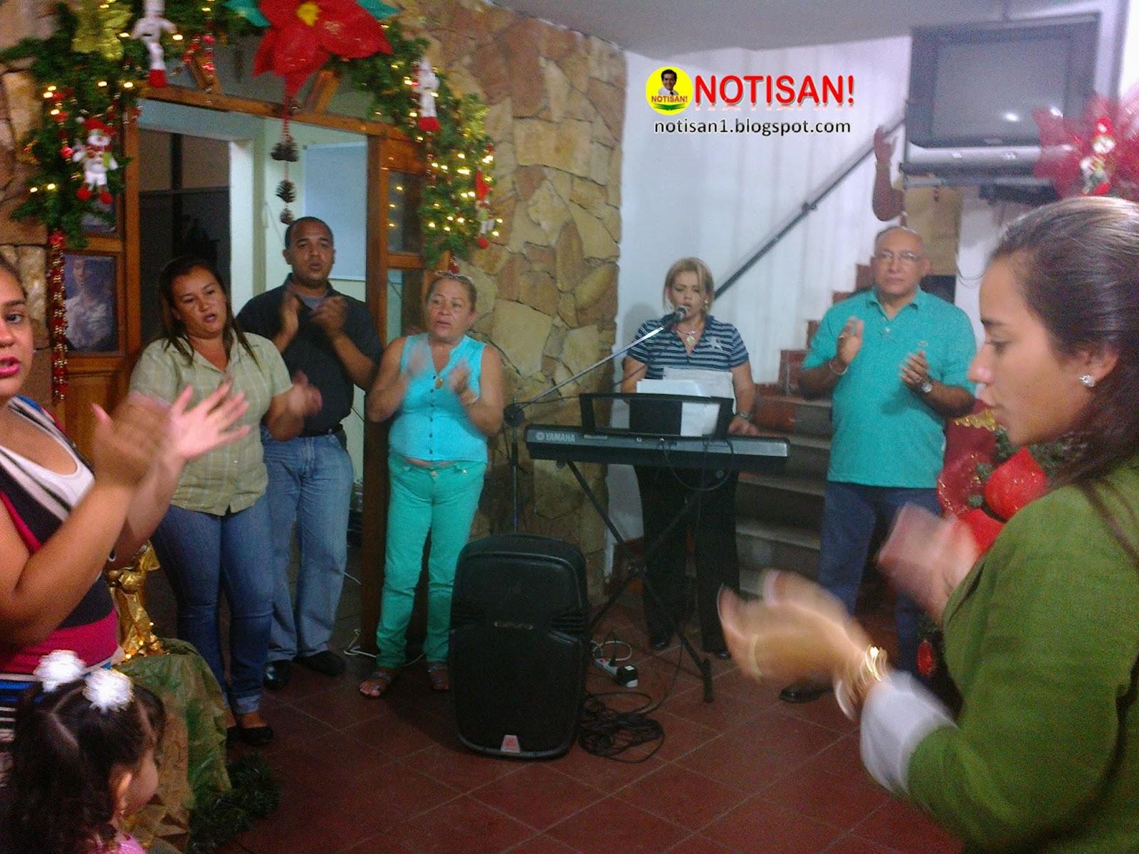 Navidad 2013 en Ureña| Primera Dama Mailyn Elibeth Arellano Durán organiza novena al Divino Niño Jesús | NOTISAN! notisan1.blogspot.com