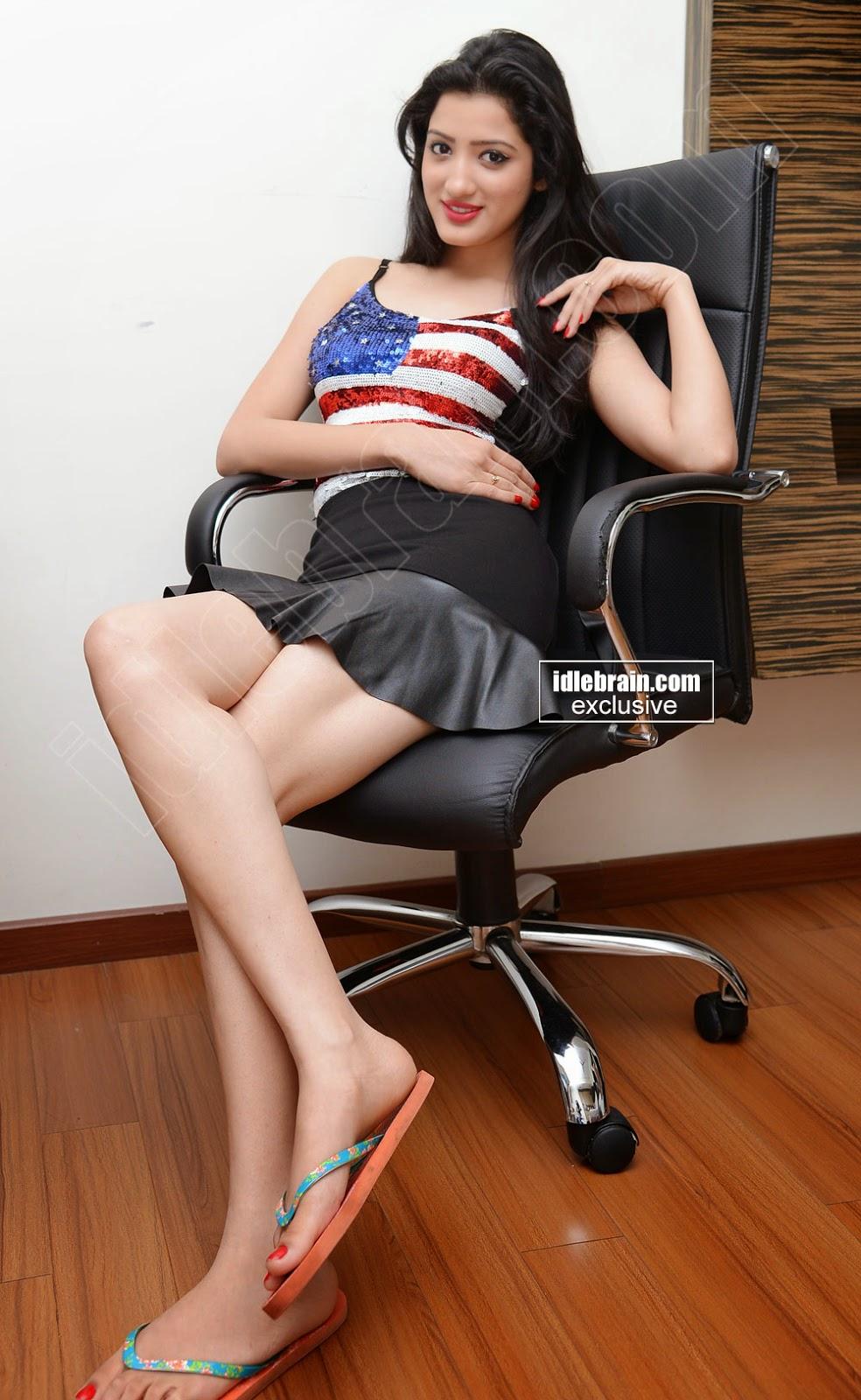 Richa Panai black mini skirt