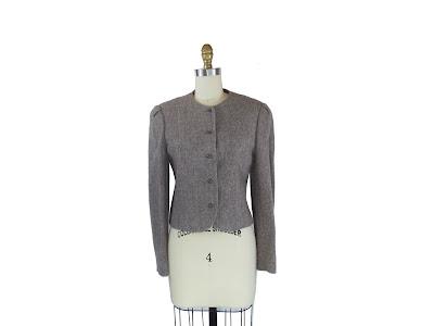 1970s Pink Flecked Tweed Short Jacket with Tapered Waist / Lina Blazer